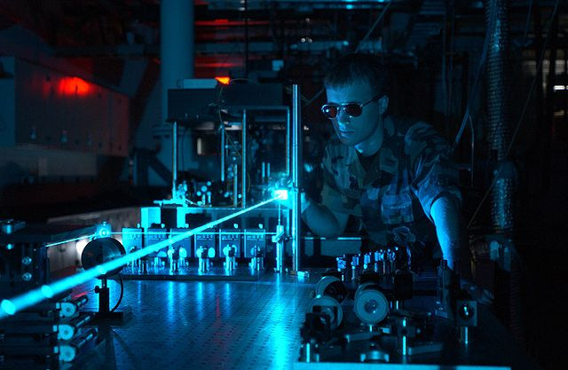 Military_laser_experiment_pd